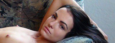 Naturally Naked Nudes - Naked Girl Sapphira